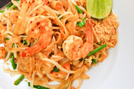 Pad thai with shrimp and vegetable photo