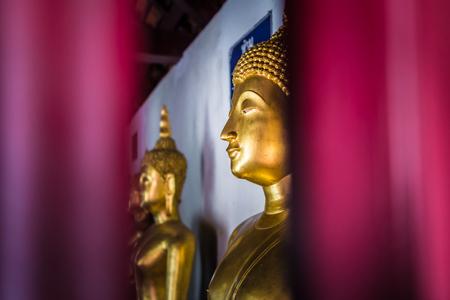 si: Buddha in church at Wat Phra Si Rattana Mahathat or Wat Yai : Phitsanulok, Thailand