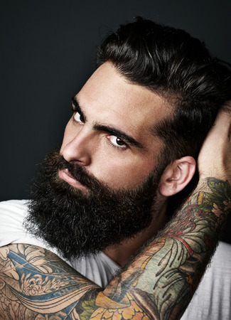 man face: Portret van een bebaarde man Stockfoto