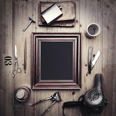 理容室と空白のキャンバスのビンテージ ツール