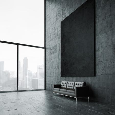 Blanco mockup van zwarte poster aan de muur en vintage lederen sofa