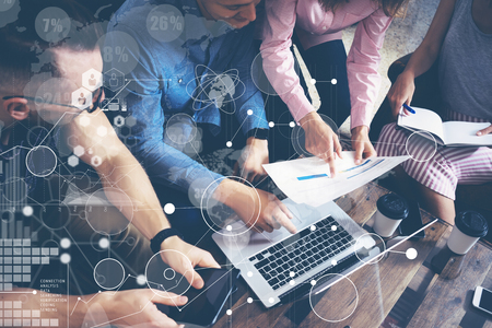 Global Strategy Connection Data Virtual Icon Innovation Graph Interface.Startup Diversity Teamwork Brainstorming Meeting Concept.Business People Coworkers Sharing Worldwide Economy Laptop Touchscreen Stockfoto