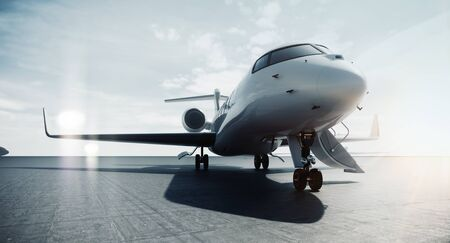 Business jet privato aereo parcheggiato all'aeroporto e pronto per il volo. Turismo di lusso e concetto di trasporto per viaggi d'affari. rendering 3D. Archivio Fotografico