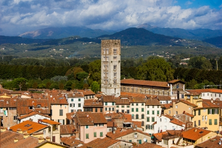 LUCCA IN ITALY photo