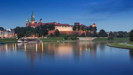 wawel: krakow at night