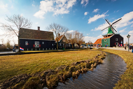 zaanse: Traditional house at the historic village of Zaanse Schans, Netherlands