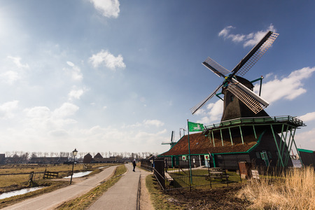 schans: Traditional house at the historic village of Zaanse Schans, Netherlands