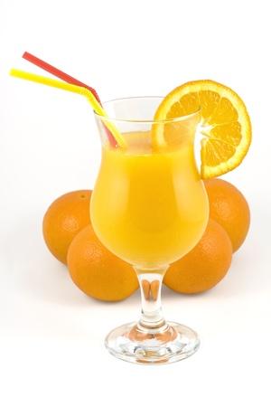 Un verre de jus frais chemin de d�tourage d'orange