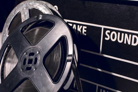 flappers: Primer plano rollo de película en el contexto de las aletas para el rodaje de películas