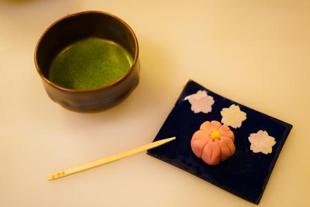 Green tea and sweets image Standard-Bild
