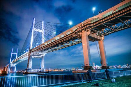 Night of Yokohama Bay Bridge (taken from Daikokufuto) Banco de Imagens