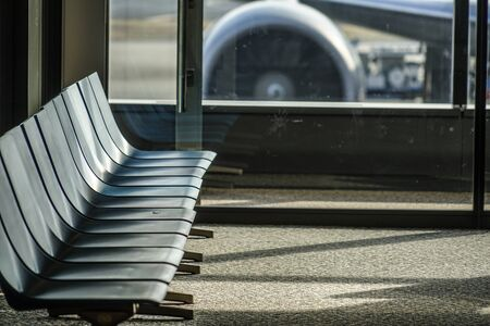 Bench of the airport terminal Stockfoto