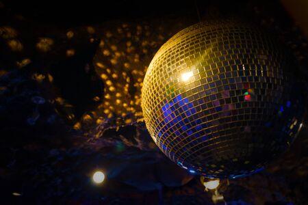 Image of the night club mirror ball Imagens