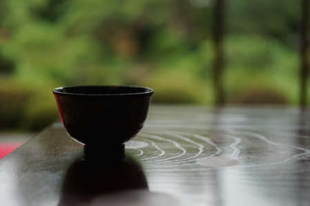 Green tea in the Japanese-style room of the desk