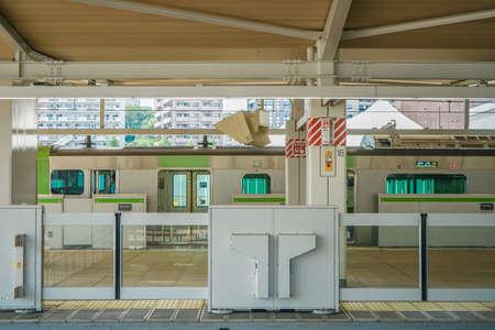 Image of Takawa Gateway Station Platform. Shooting Location: Tokyo metropolitan area Publikacyjne