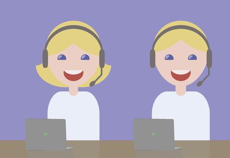 operadores de chica y chico auriculares micrófono sonrientes rubias en camisetas de luz azul problemas de servicio al cliente con computadoras portátiles en la mesa sobre el fondo azul claro.