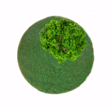 wor: planet with treeGreen grass