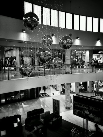 interior: Shopping mall interior