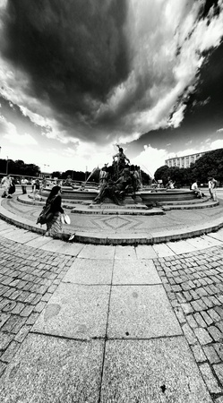 architecture: Sightseeing Berlin, architecture in the German capital. The fountain. Stock Photo