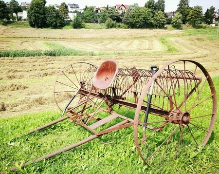 matériel agricole historique. Chmielno, Pologne.
