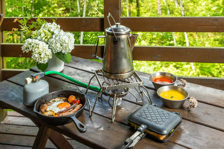 Outdoor Cooking Camp Food to Enjoy Outdoors