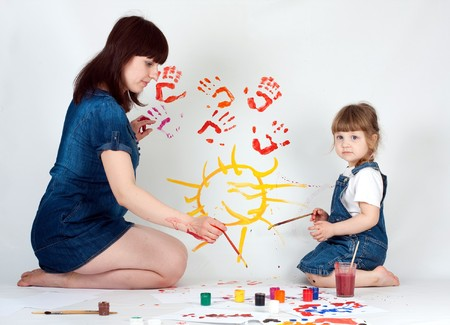 mother and daugher painting photo
