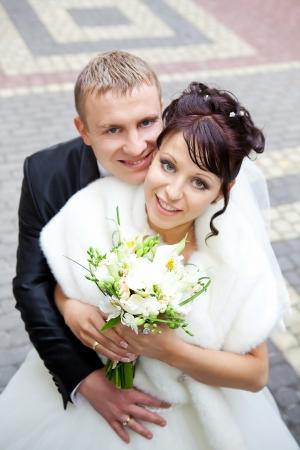 femme mari�e: Mari�s le jour de leur mariage Banque d'images