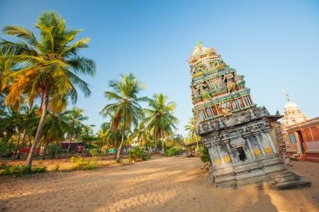 hinduist: Hinduist temple damaged during tsunami at the east seashore of Sri Lanka