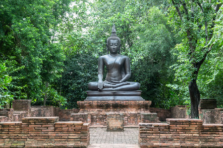 cambodia sculpture: Old temple in ayutthaya Thailand Stock Photo