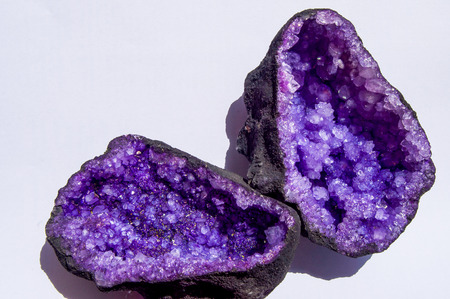 haggling: lilac quartz geode Atlas in Morocco Stock Photo