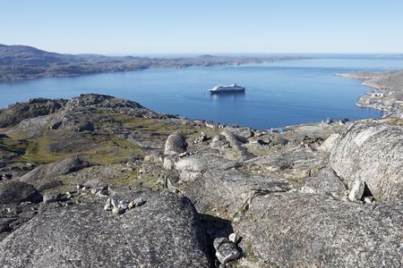 seashores: Ship alone Stock Photo
