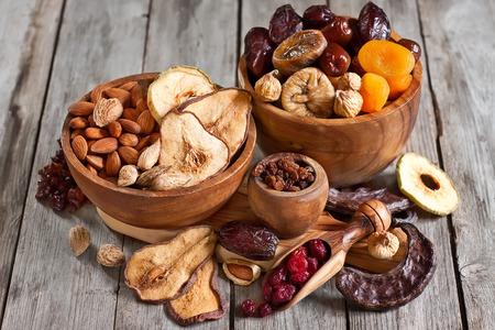 Mix of dried fruits and almonds - symbols of judaic holiday Tu Bishvat. Standard-Bild