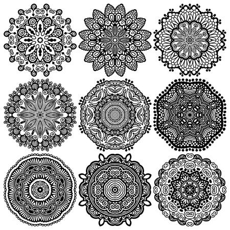 Circolo pizzo ornamento, rotondo ornamentale centrino geometrico, raccolta in bianco e nero Archivio Fotografico - 21171685
