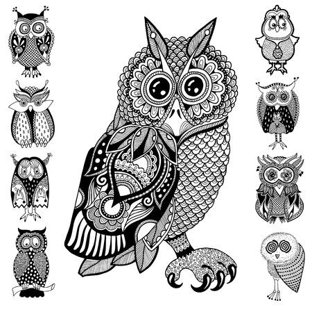 illustrations originales de hibou, encre dessin à la main dans la collecte de style ethnique, illustrations vectorielles en couleurs blancs d'extrémité noirs