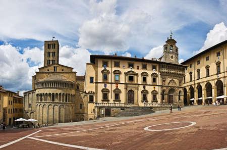 grande: Piazza Grande square in Arezzo, Tuscany, Italy