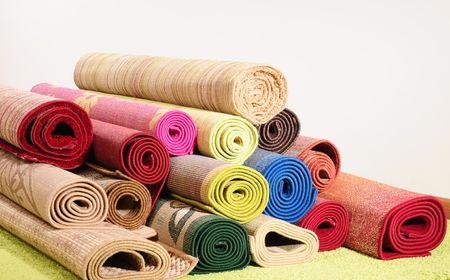깔개: Oriental rugs. See more...