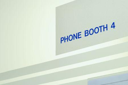 cabina telefonica: Cabina telef�nica signo. Foto de archivo