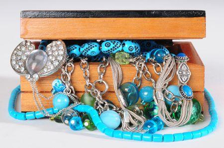 jewellery box: Jewellery box.