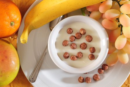 Cereal and fruits. Stock Photo - 4624882