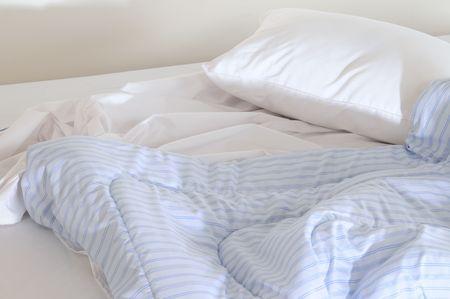 attended: Un asistieron cama.