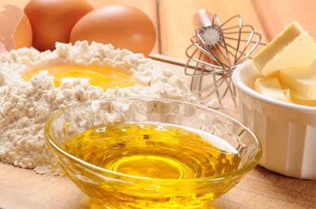 egg whisk: Crust ingredients.
