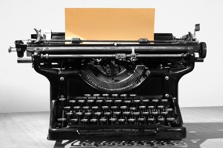 type writer: Old typewriter.