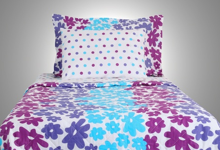 Bed Stock Photo - 13571856