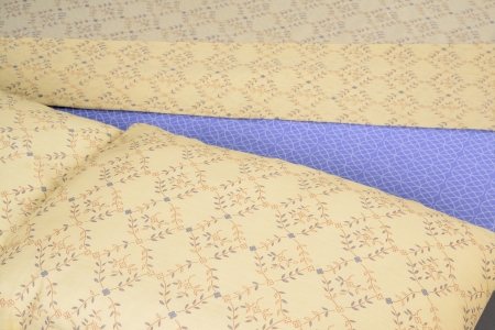 comforter: Bed spreads