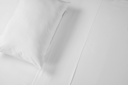 comforter: White bed