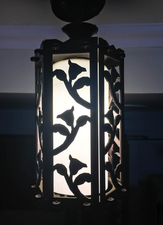 antique chandelier 版權商用圖片