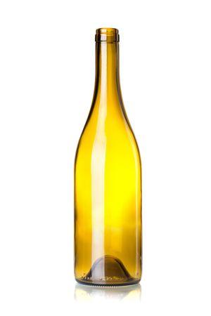 botellas vacias: Botella de vino vac�o aislado sobre fondo blanco  Foto de archivo