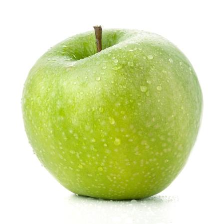 appel water: Een rijpe groene appel. Geïsoleerd op wit Stockfoto