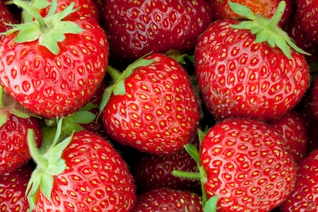 Fresh ripe strawberry closeup wallpaper
