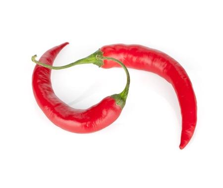 chiles picantes: Red hot chili peppers. Aislado sobre fondo blanco Foto de archivo